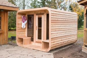 Luna sauna with porch